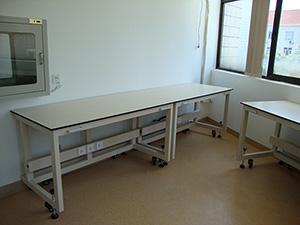 移动式实验工作台